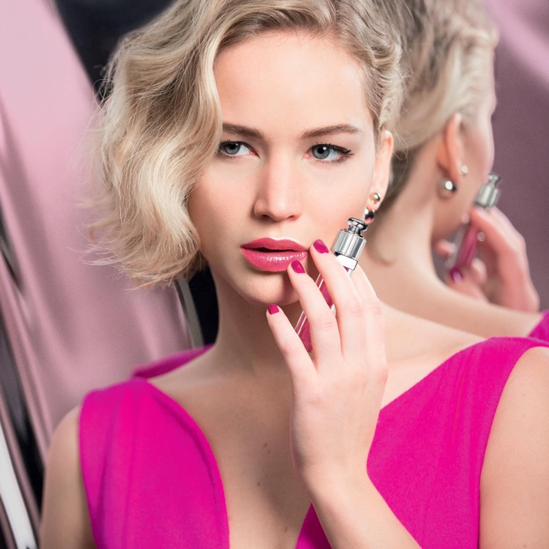 jennifer-lawrence-dior-addict-lip-gloss-campaign03